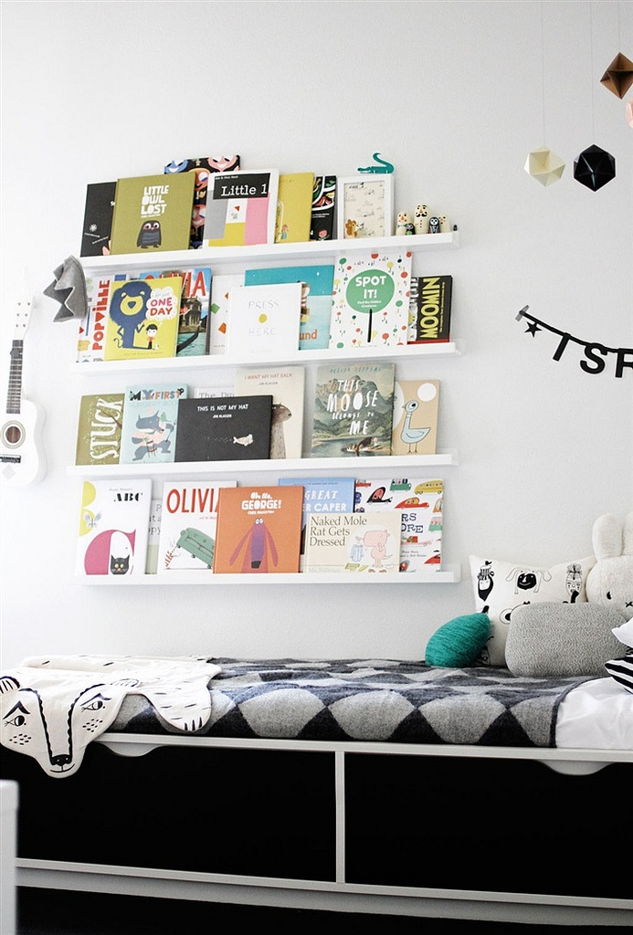 inspirations chambres d 39 enfants noir et blanc. Black Bedroom Furniture Sets. Home Design Ideas