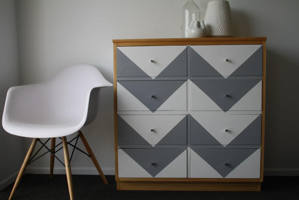 mobilier.peint.design4