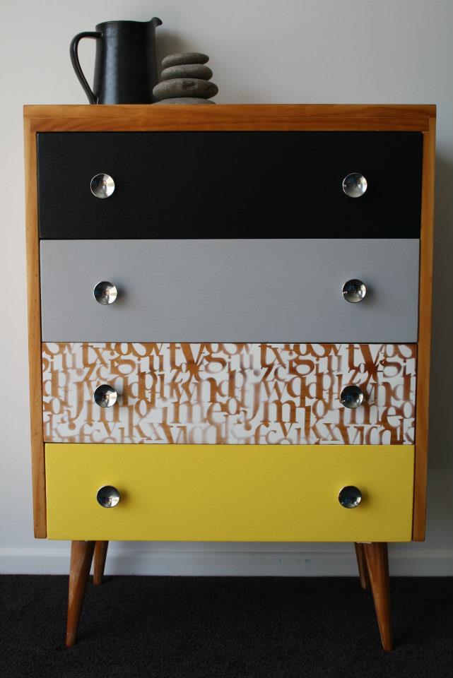 mobilier.peint.design5