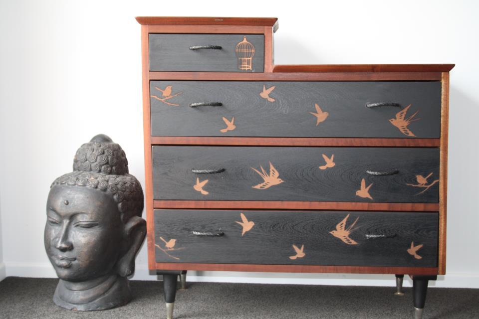 mobilier.peint.design6