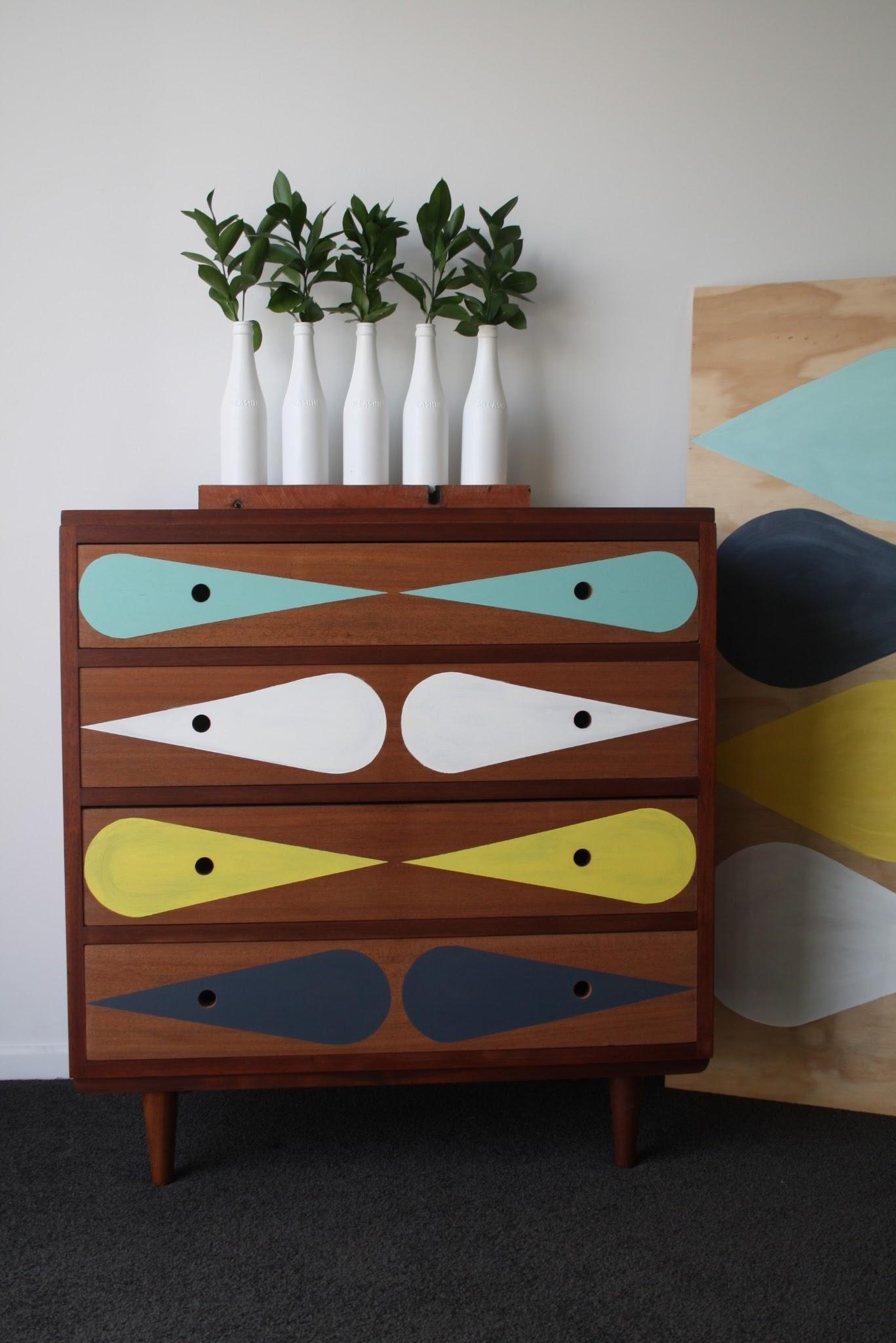 mobilier.peint.design7