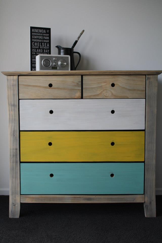 mobilier.peint.design8