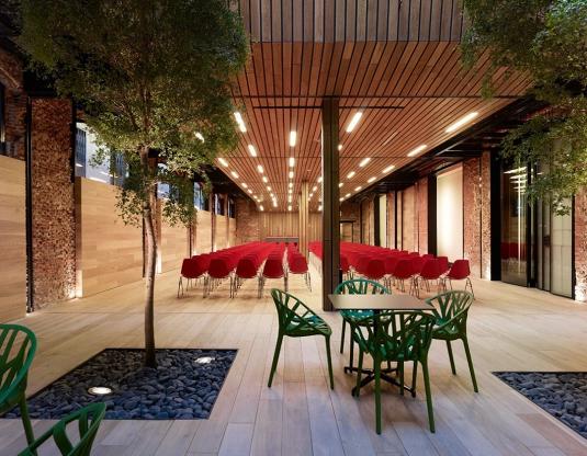 reconversion-architecture-7-bureaux-ancien-atelier