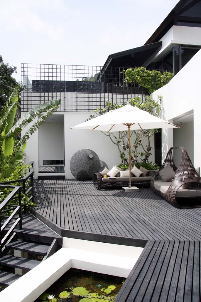 Terrasse patio 5 inspiration deco exterieur noir blanc design for Deco design exterieur