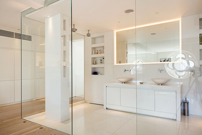 salle-bain-blanche-verre