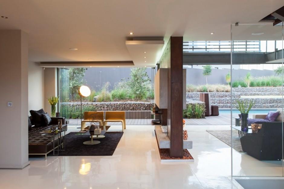 villa contemporaine cheminee double foyer. Black Bedroom Furniture Sets. Home Design Ideas