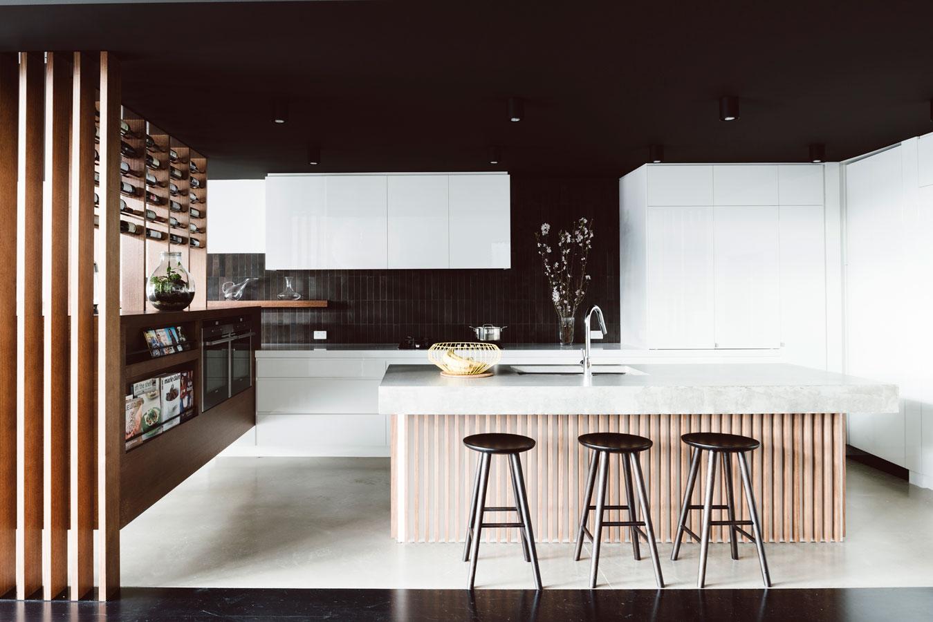 une maison victorienne r nov e. Black Bedroom Furniture Sets. Home Design Ideas