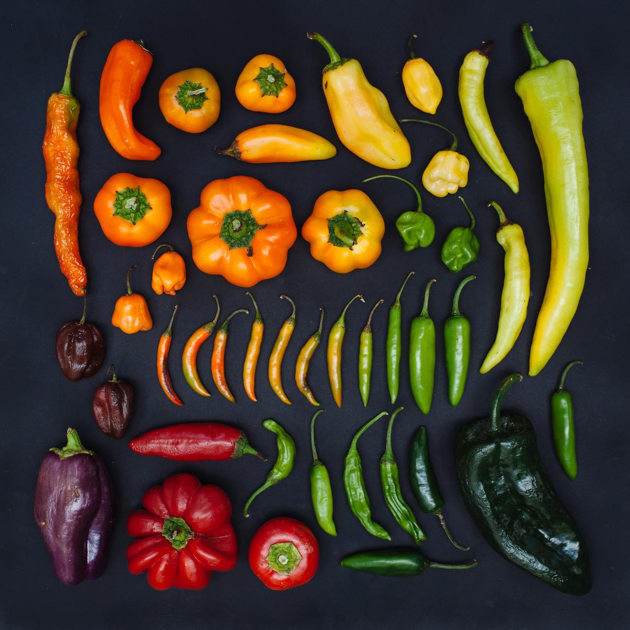 emily-blincoe-1-photos-instantanees-legumes-poivrons-piments