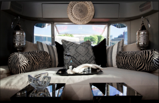 caravanes et airstream originaux. Black Bedroom Furniture Sets. Home Design Ideas