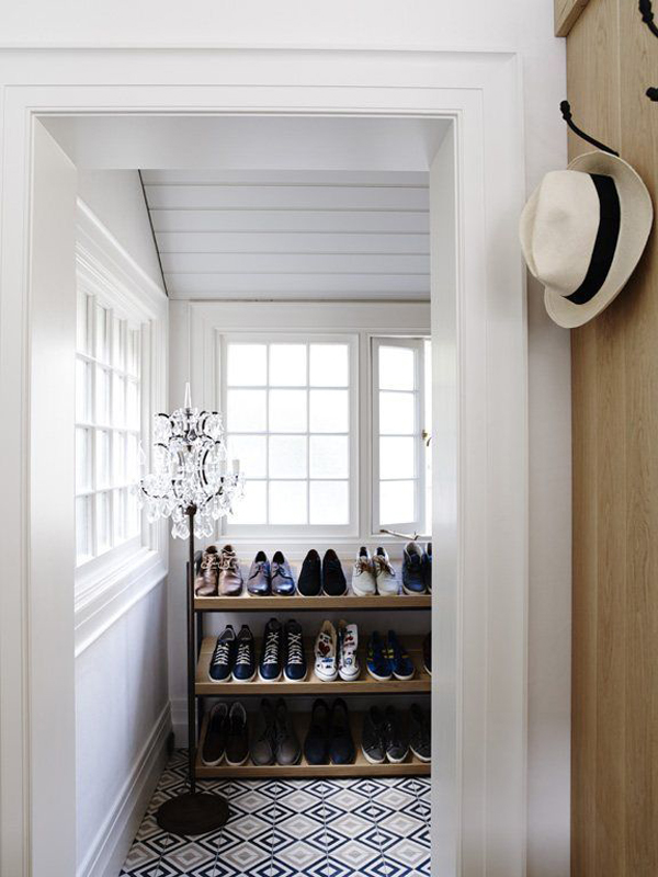 maison-deco-design-chambre-2-dressing-carrelage-fresque