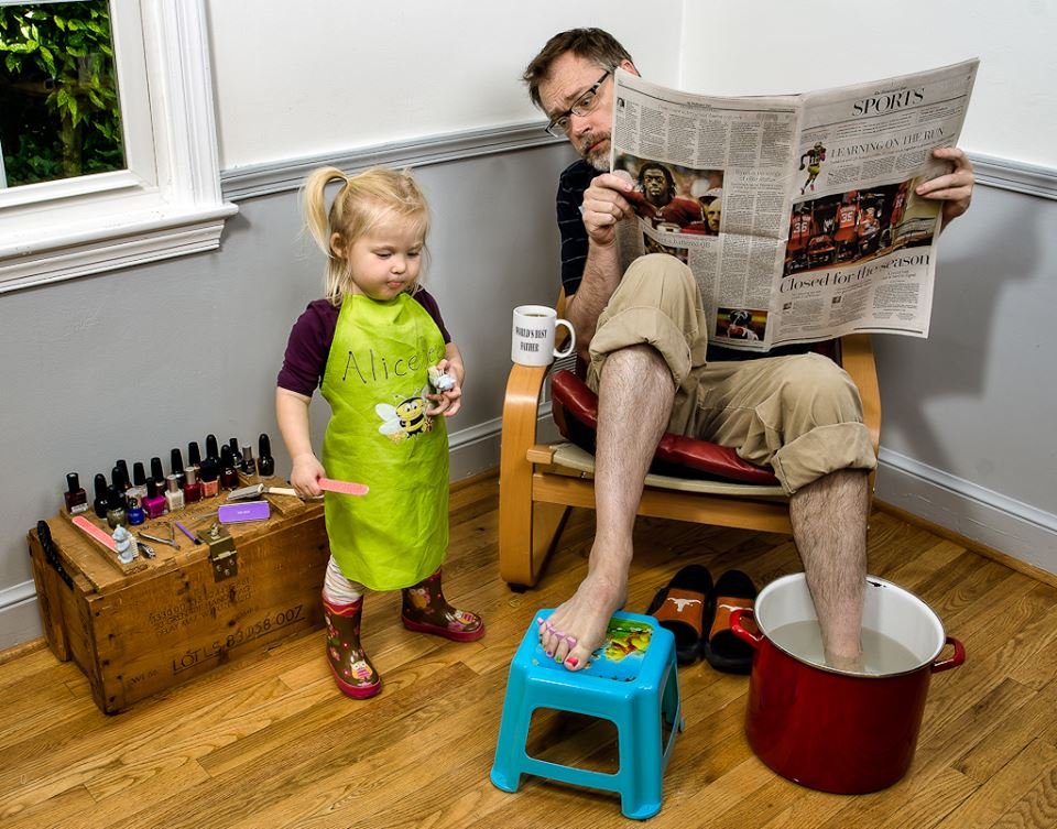 photo-pere-fille-dave-engledow-pedicure