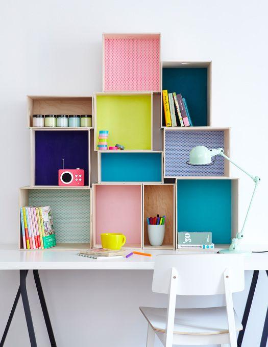 bureau-enfant-rangement-colore