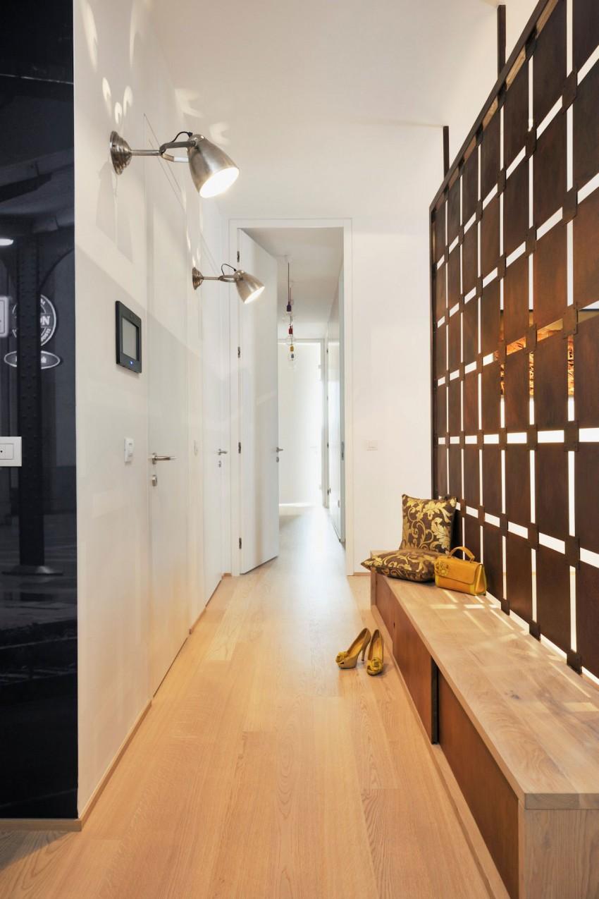 Appartement contemporain noir et bois for Cuisine couloir