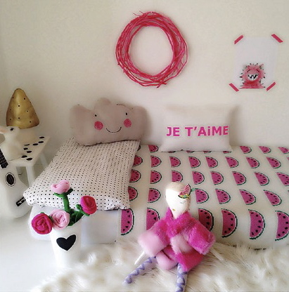 Chambre fille rose blanche originale for Chambre fille originale