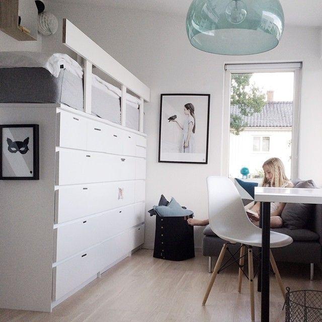 lit sureleve commode ikea. Black Bedroom Furniture Sets. Home Design Ideas