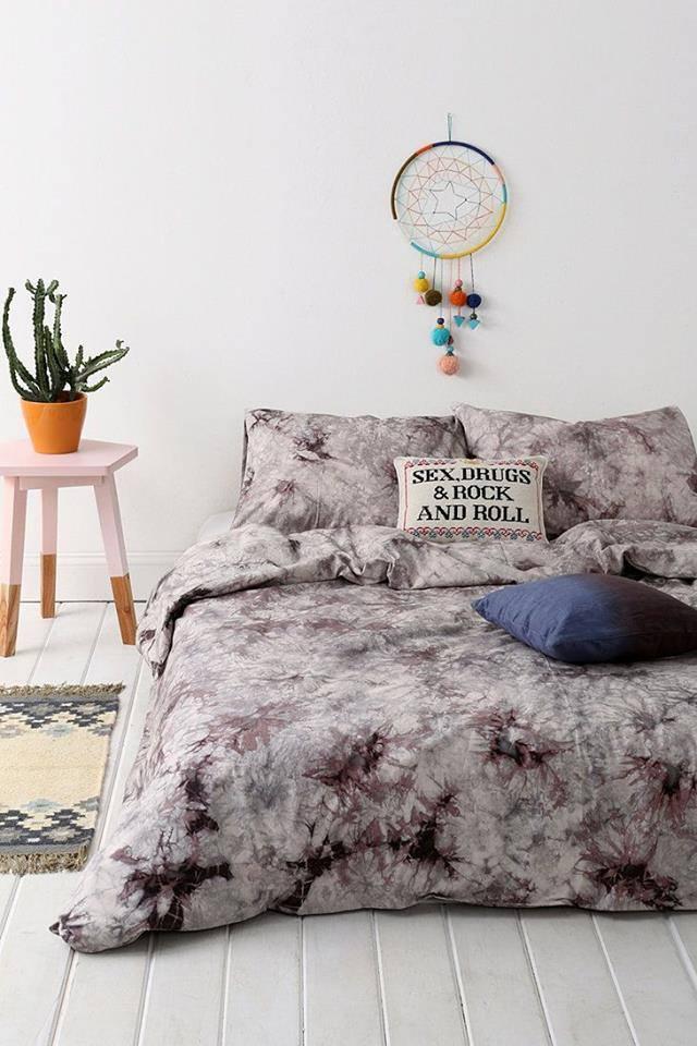 parures de draps originales chez urban outfitters. Black Bedroom Furniture Sets. Home Design Ideas
