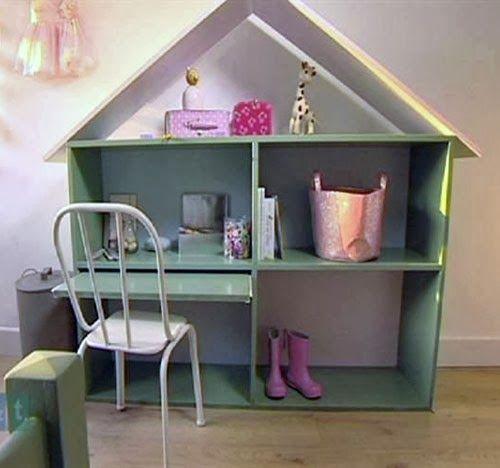 bureau enfant dans cabane bois. Black Bedroom Furniture Sets. Home Design Ideas