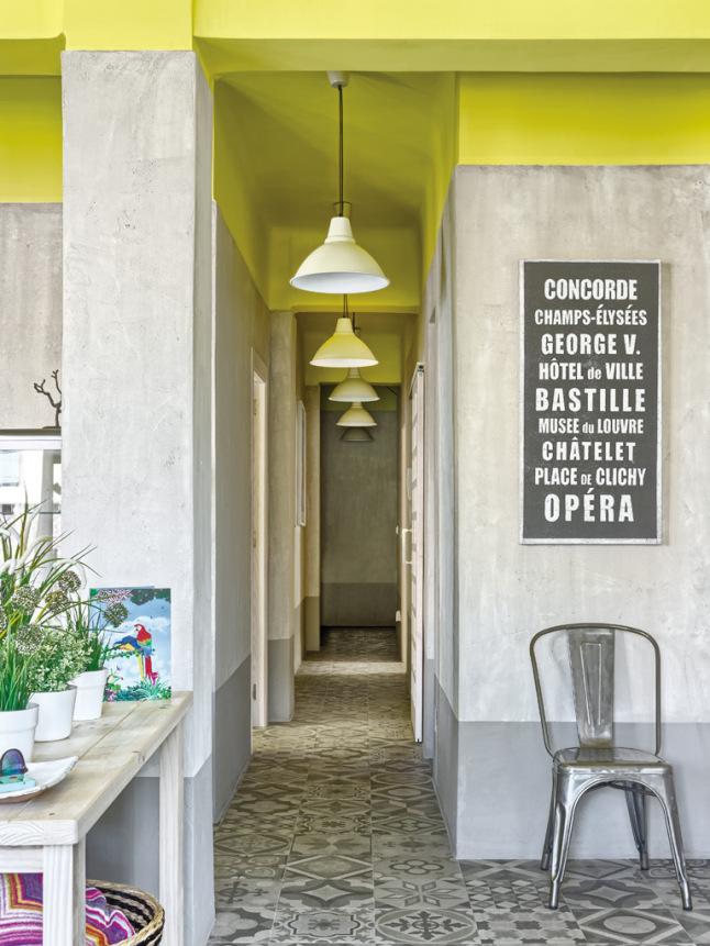 couloir carrelage ancien. Black Bedroom Furniture Sets. Home Design Ideas