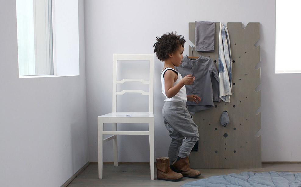 Deco design accessoires maison porte manteaux vivid grey for Deco accessoire maison