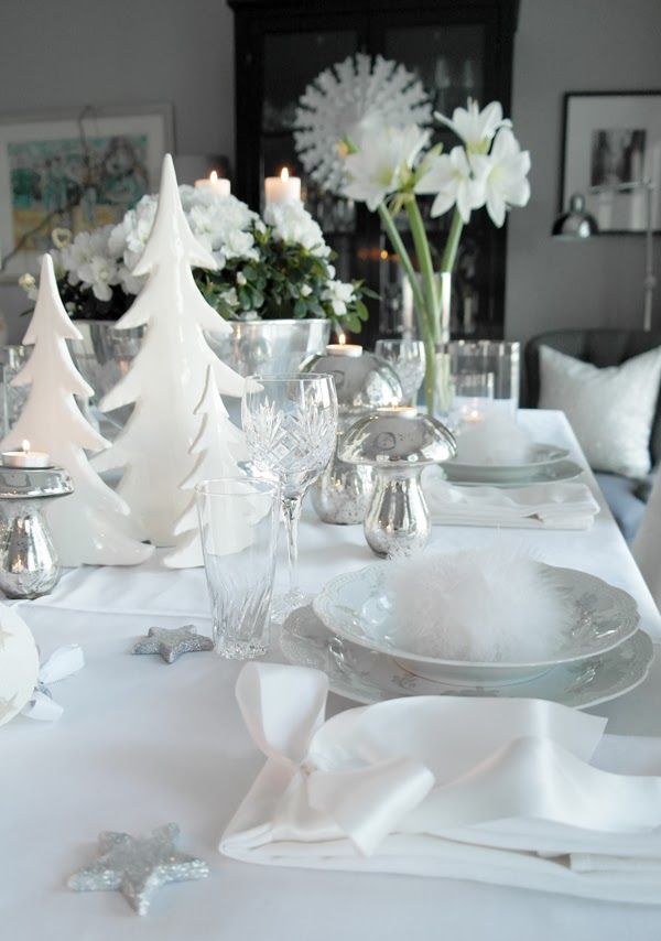 Inspiration decoration table noel traditionnelle toute blanche argente - Decoration de table de noel blanche ...