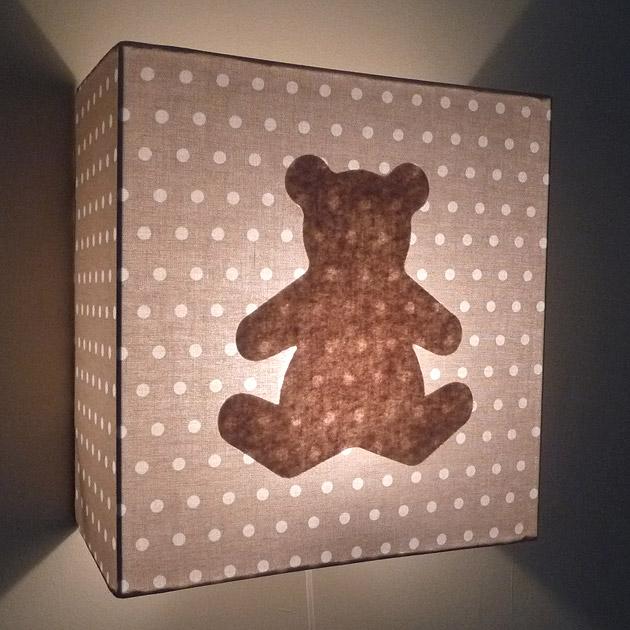 luminaires-deco-chambre-enfant-applique-pois-beige-ours-beige