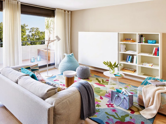 luminosit et d co bleue dans un appartement. Black Bedroom Furniture Sets. Home Design Ideas