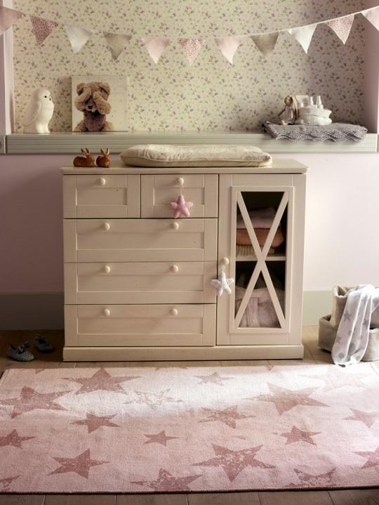 tapis-chambre-enfant-etoile-rose