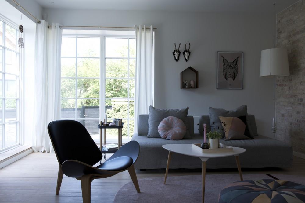 D coration scandinave et murs en pierres apparentes - Salon scandinave deco ...