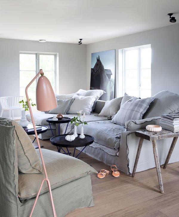 un int rieur lumineux et cosy en norv ge. Black Bedroom Furniture Sets. Home Design Ideas