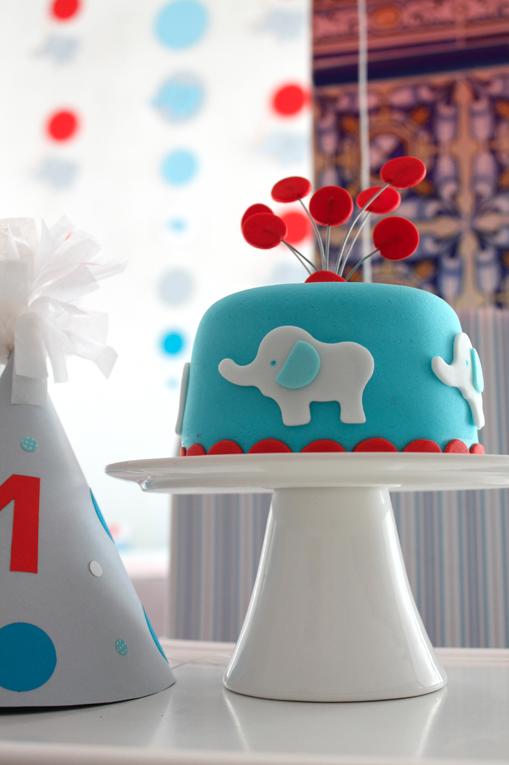gateau-anniversaire-enfant-originaux-elephant