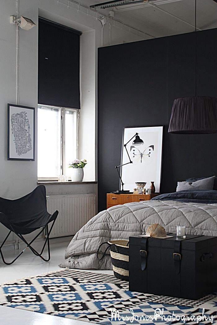 deco noir blanc fauteuil butterfly dans chambre. Black Bedroom Furniture Sets. Home Design Ideas