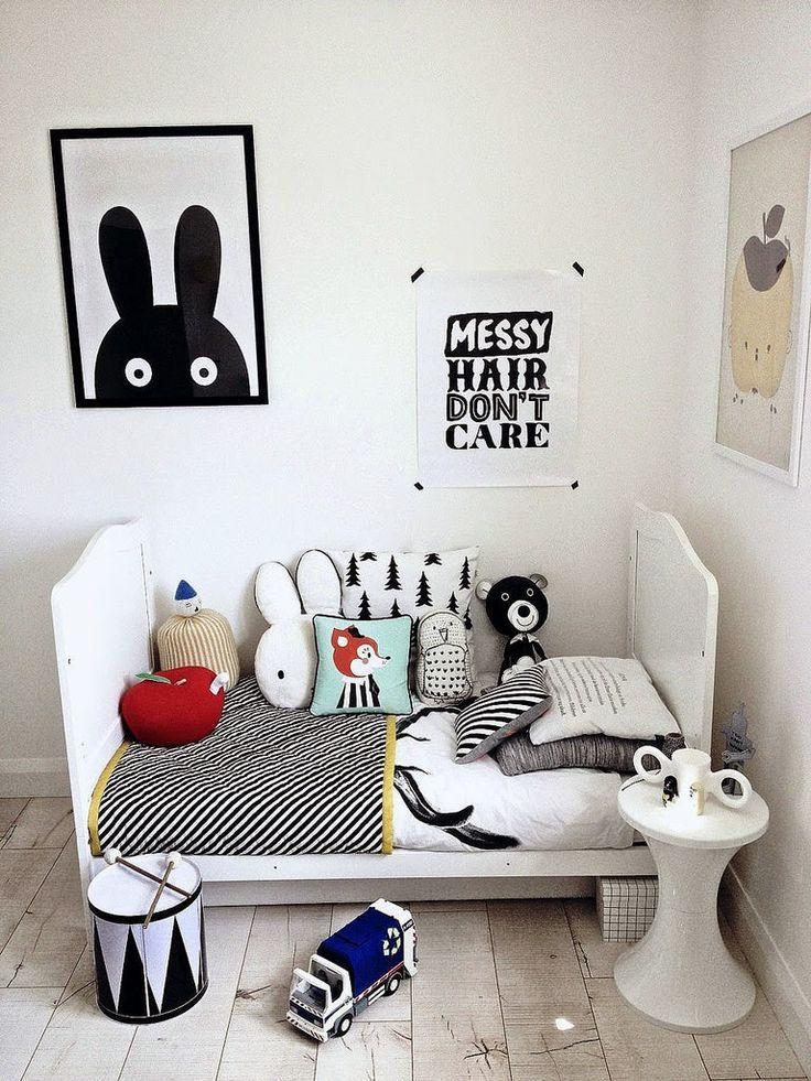 affiches en noir et blanc pour une chambre d 39 enfant. Black Bedroom Furniture Sets. Home Design Ideas