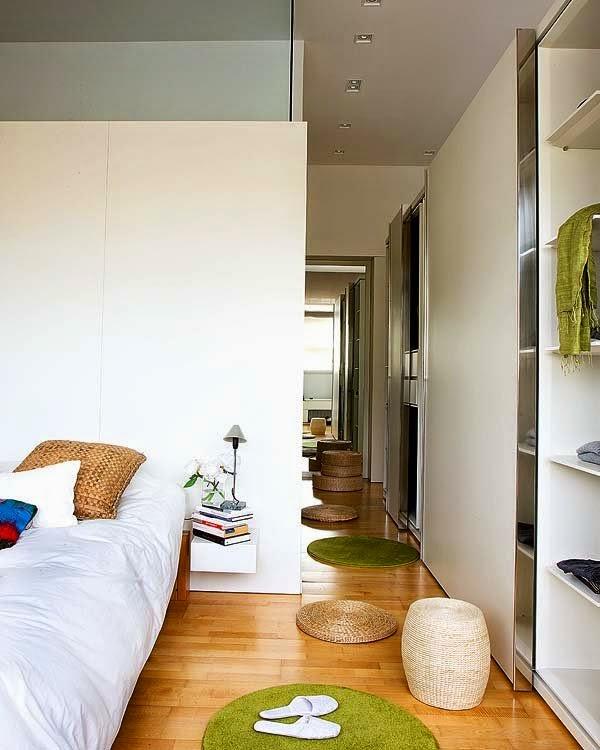 Chambre avec un dressing en longueur