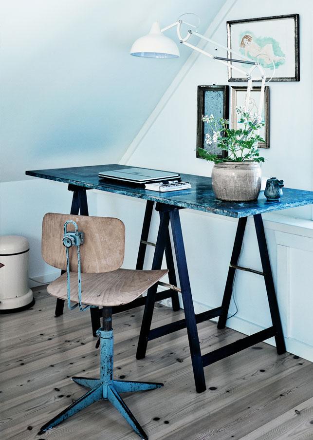 coin bureau avec des meubles vintage