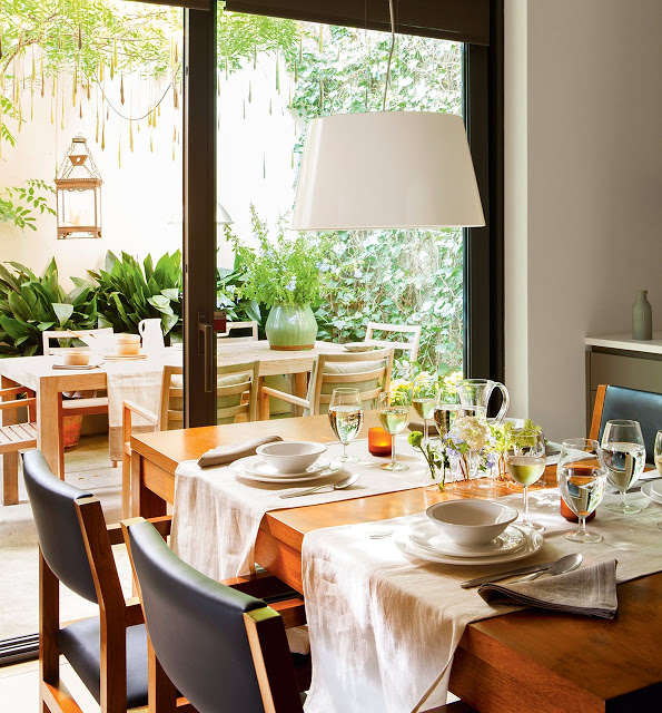 Salle a manger meuble bois for Meuble lecomte jemappes salle manger