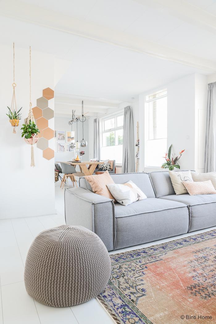 d coration avec un parquet blanc. Black Bedroom Furniture Sets. Home Design Ideas