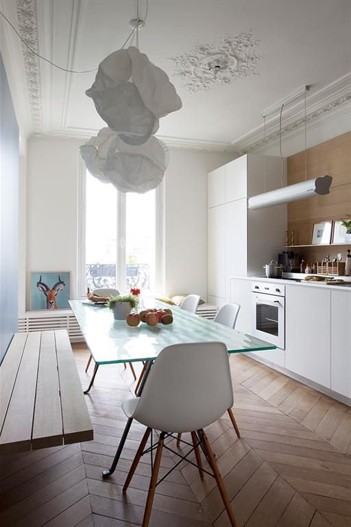 Banc dans cuisine contemporaine apparetement hausmanien for Cuisine design appartement haussmannien