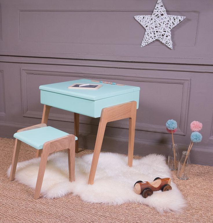 Pupitre bois peint bleu vintage bureau chambre enfant sol for Un bureau pour fille
