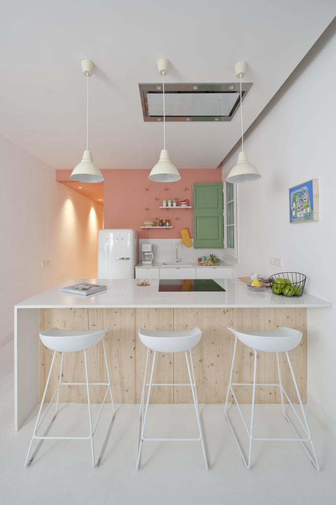 Cuisine avec table hauteur plan de travail for Hauteur plan de cuisine