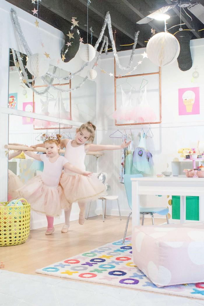 Installer une barre de danse dans une chambre - Miroir dans la chambre ...