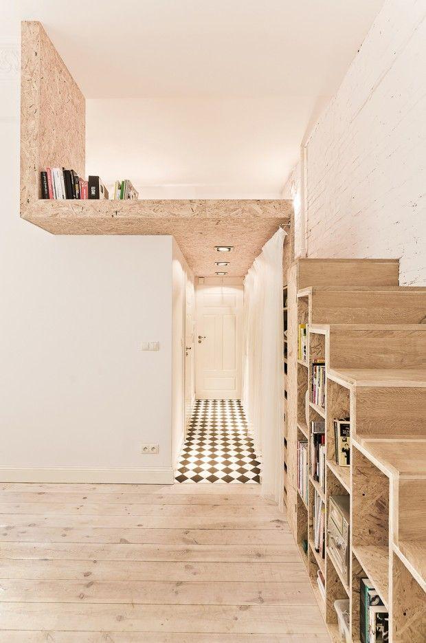 escalier en bois dans un int rieur contemporain. Black Bedroom Furniture Sets. Home Design Ideas
