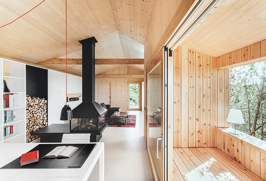 Maison moderne en bois design contemporain lambris sol for Sol maison design