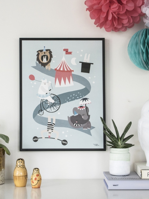 affiche enfnat style scandinave theme cirque animaux personnages rigolos couleurs pastels. Black Bedroom Furniture Sets. Home Design Ideas