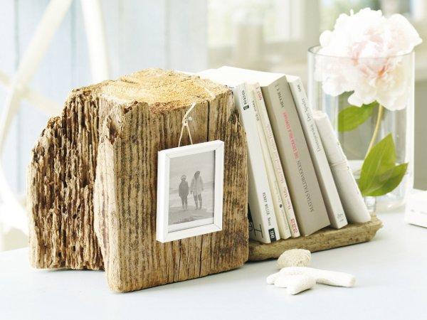 Déco naturelle en bois dans une chambre