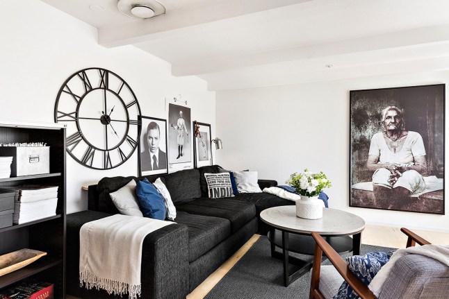 Appartement sous combles avec poutres apparentes.