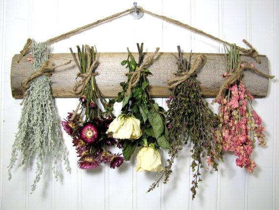 comment suspendre fleurs sechees